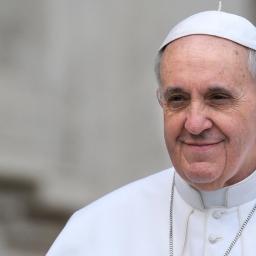 Paus presenteert document 'Het gelaat van barmhartigheid' voor Heilig Jaar