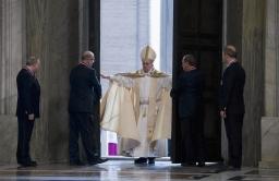 Paus Franciscus opent Jaar van Barmhartigheid