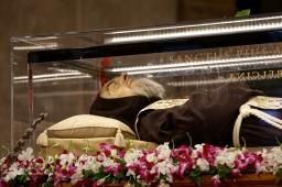 Relieken van heilige biechtvaders in Sint-Pieter